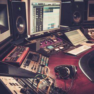 Estudio de grabación profesional para agencias de publicidad y comunicación