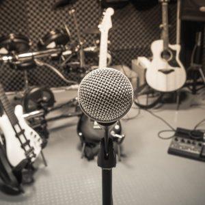 Por qué contar con un estudio de grabación profesional para jingles y bandas